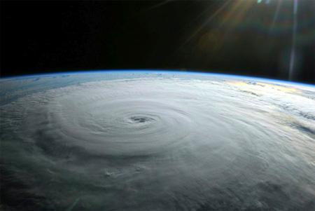 20110128182750-la-tormenta-perfecta.jpg